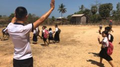 最も困難な支援を完遂「Phothi Roung Primary School、Krang Primary School」